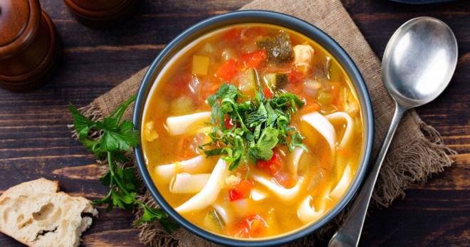 Суп-лапша с курицей по-домашнему - самое вкусное и полезное блюло для семьи