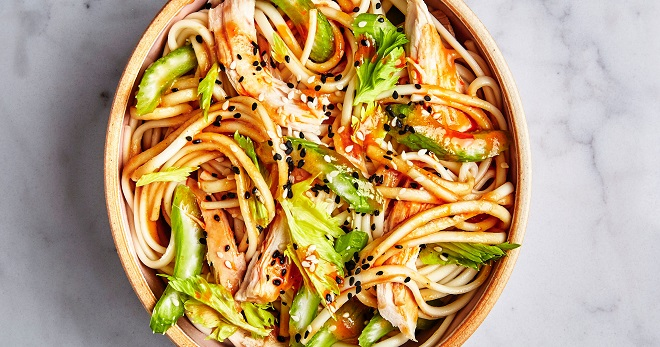 Удон с курицей и овощами - рецепт вкусного, пикантного блюда для всей семьи