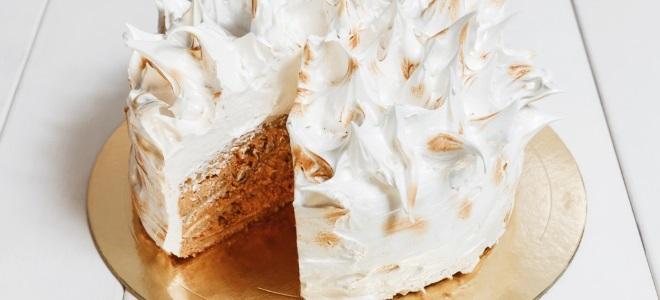 Белково-заварной крем для украшения торта