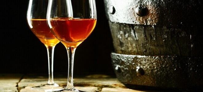 Как крепить вино водкой