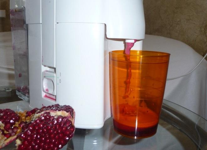 Как сделать вкусный гранатовый сок в соковыжималке 6