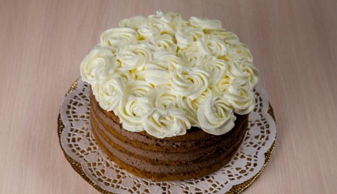 Как украсить торт кремом шарлотт