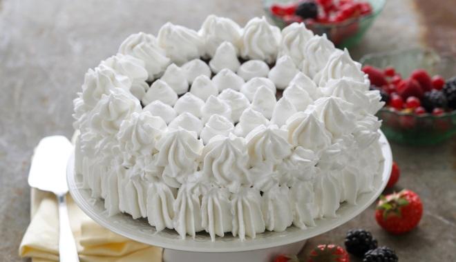 Как украсить торт творожным кремом