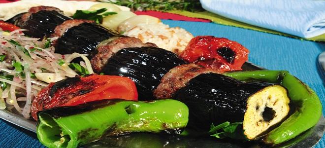 Кебаб с баклажанами по-турецки