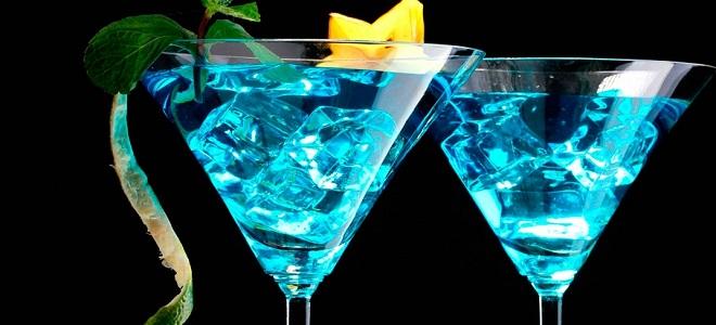 Коктейль «Голубая лагуна» с ромом - рецепт