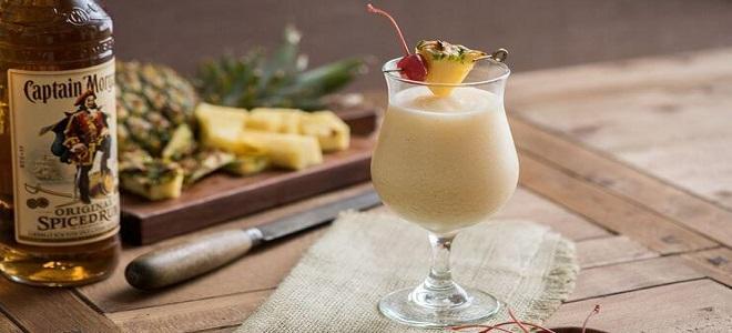 Коктейль «Пина колада» с ромом - рецепт