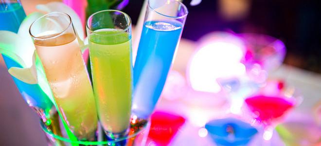 коктейль с шампанским и ликером