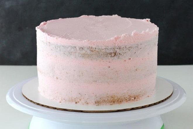 Красивый торт из крема для девочки 1