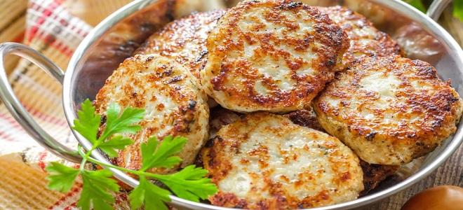 Куриные котлеты с рисом - рецепт