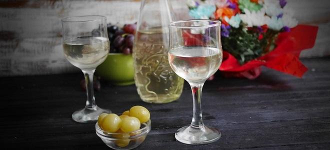 Настойка из белого винограда на водке