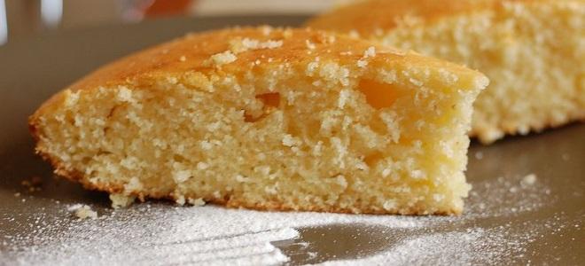 Пирог «Манник» на кефире - рецепт