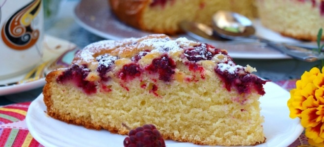 Быстрый пирог с вареньем - рецепт пошаговый с фото