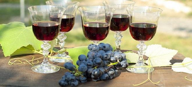 Рецепт настойки из винограда Изабелла на водке