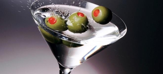 С чем пьют мартини