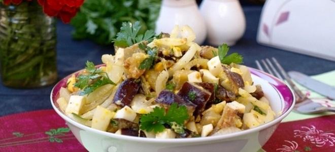 салат с баклажанами и яйцами
