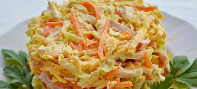 салат с омлетом и корейской морковкой