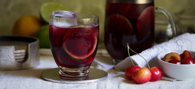 Сангрия с вишневым соком
