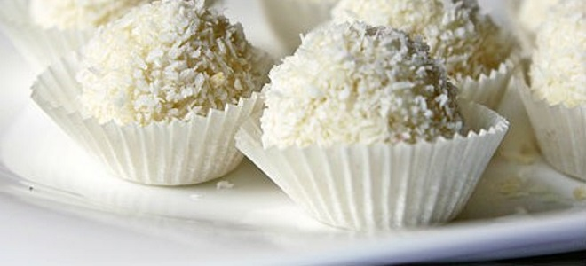 Шоколадные конфеты - рецепты трюфеля своими руками, рафаэлло, конфет с мятной и желейной начинкой, орехами