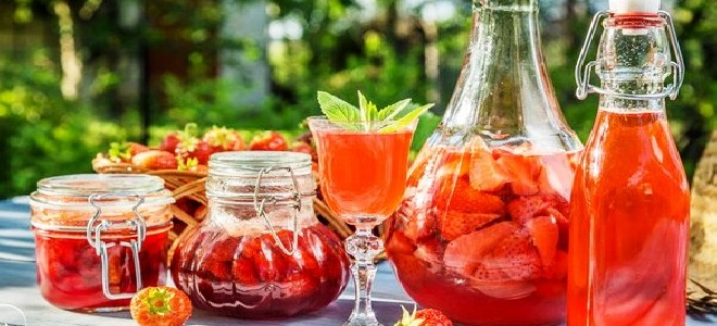 вино из клубничного варенья