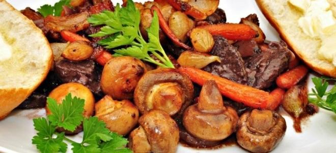 жаркое с грибами и картошкой в казане