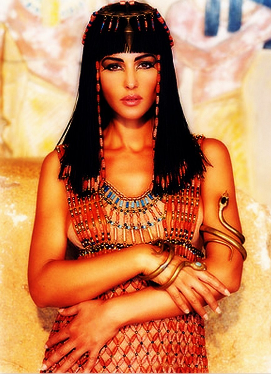 a biography of cleopatra vii an egyptian queen Interesting facts about cleopatra vii cleopatra could speak at least seven languages including greek and egyptian she claimed to be the reincarnation of the egyptian god isis.