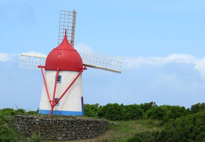 Ветряная мельница на острове Грасиоза