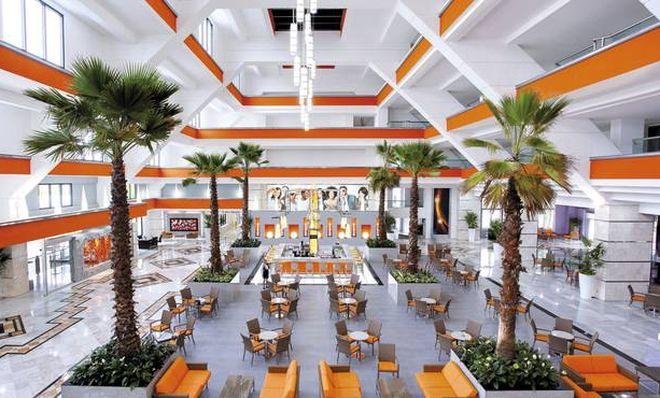 Интерьер отеля Riu Caribe, Канкун