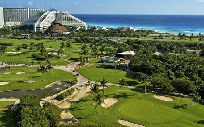 Поля для гольфа в отеле Iberostar, Канкун