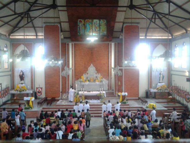 Церковь Gereja Perawan Maria Tak Berdosa