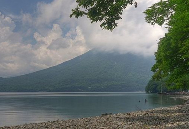 Озеро Тюдзэн-Дзи