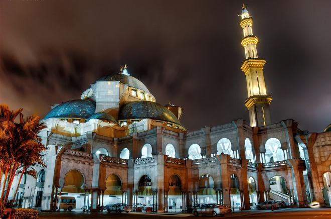 masjid wilayah assignment Agama dan wilayah di malaysia ia memaktubkan kesamaan bagi semua rakyat malaysia di sisi undang-undang, menjamin kebebasan asasi dan hak-hak asas.