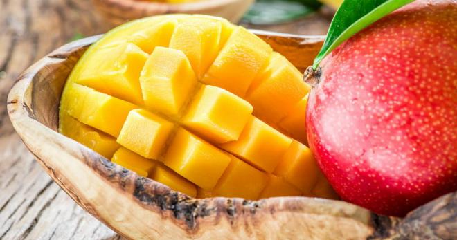 Манго фрукт - полезные свойства, калорийность и противопоказания