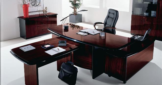 Кресло руководителя – из чего состоит, основные характеристики, особенности разных конструкций