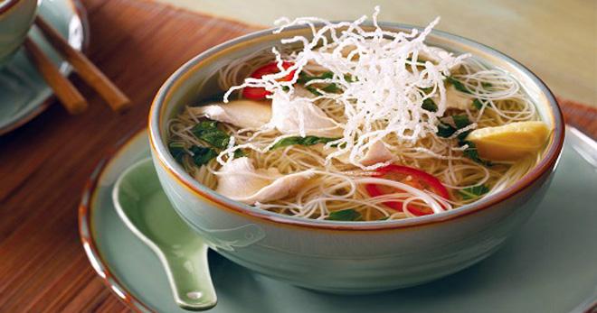 Фунчоза с курицей – учимся готовить популярное блюдо азиатской куÑни