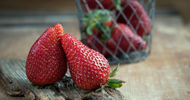 Какие витамины в клубнике – описание влияния основных веществ на организм человека