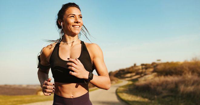 Нет — бюстгальтеру, да — спортивному бра! Как заниматься спортом без вреда для груди