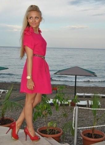 22449d0e8a8 Аксессуары к розовому платью 1 ...