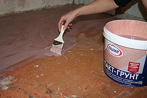 нанесение бетоноконтакта на пол