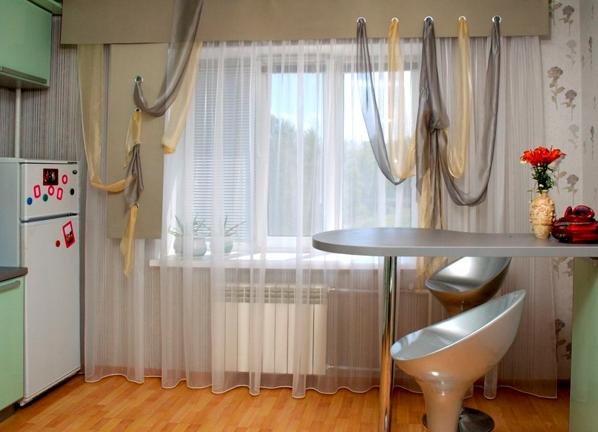 фото занавески кухонные