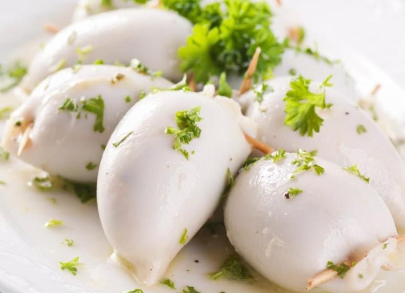 Вьетнам увеличивает продажи кальмара и осьминога в Россию