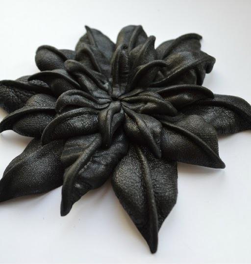 Как сделать цветок из кожи мастер класс 284