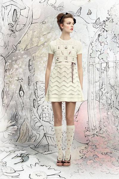 1d99cde3c15dea1 Белое вязаное платье