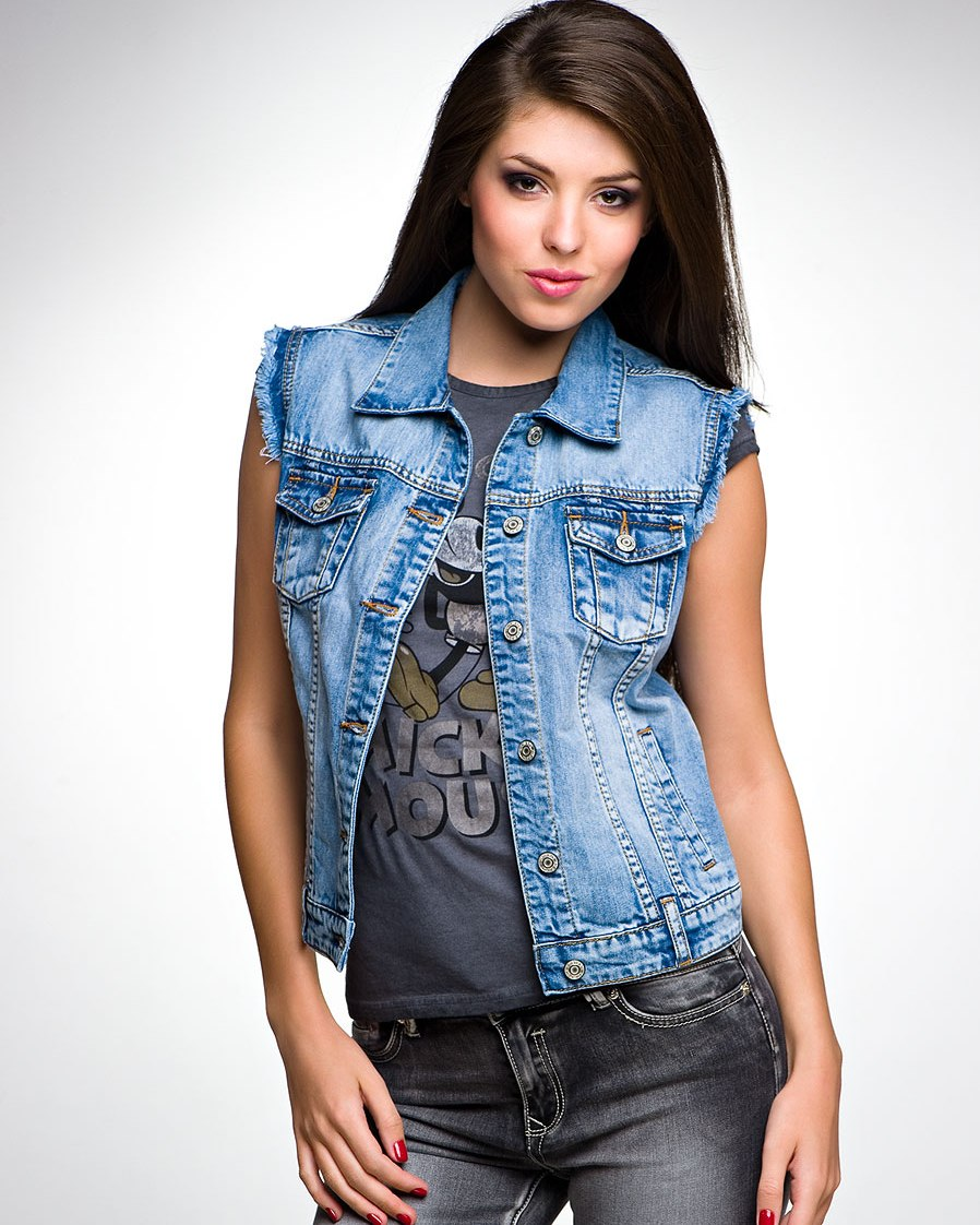 жилетка джинсовая фото