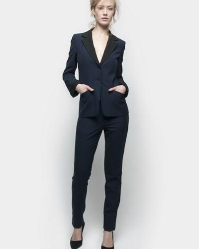 a808c1e40657 Классические зауженные женские брюки