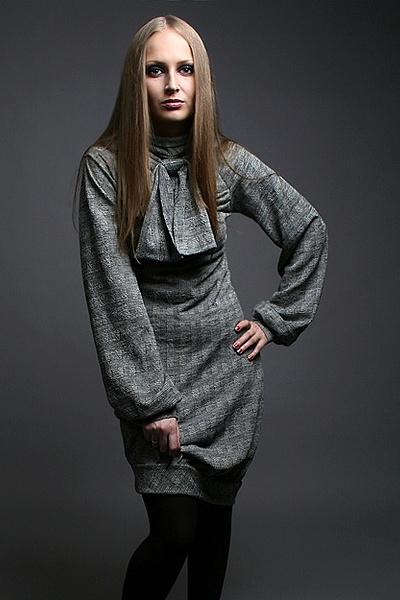 c97412cc4a6e8bb Трикотажное платье с длинным рукавом