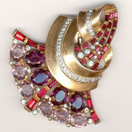 9f473ab5085a Ювелирные украшения из золота