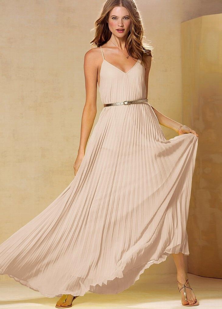 da2c9e89b935c Длинное бежевое платье