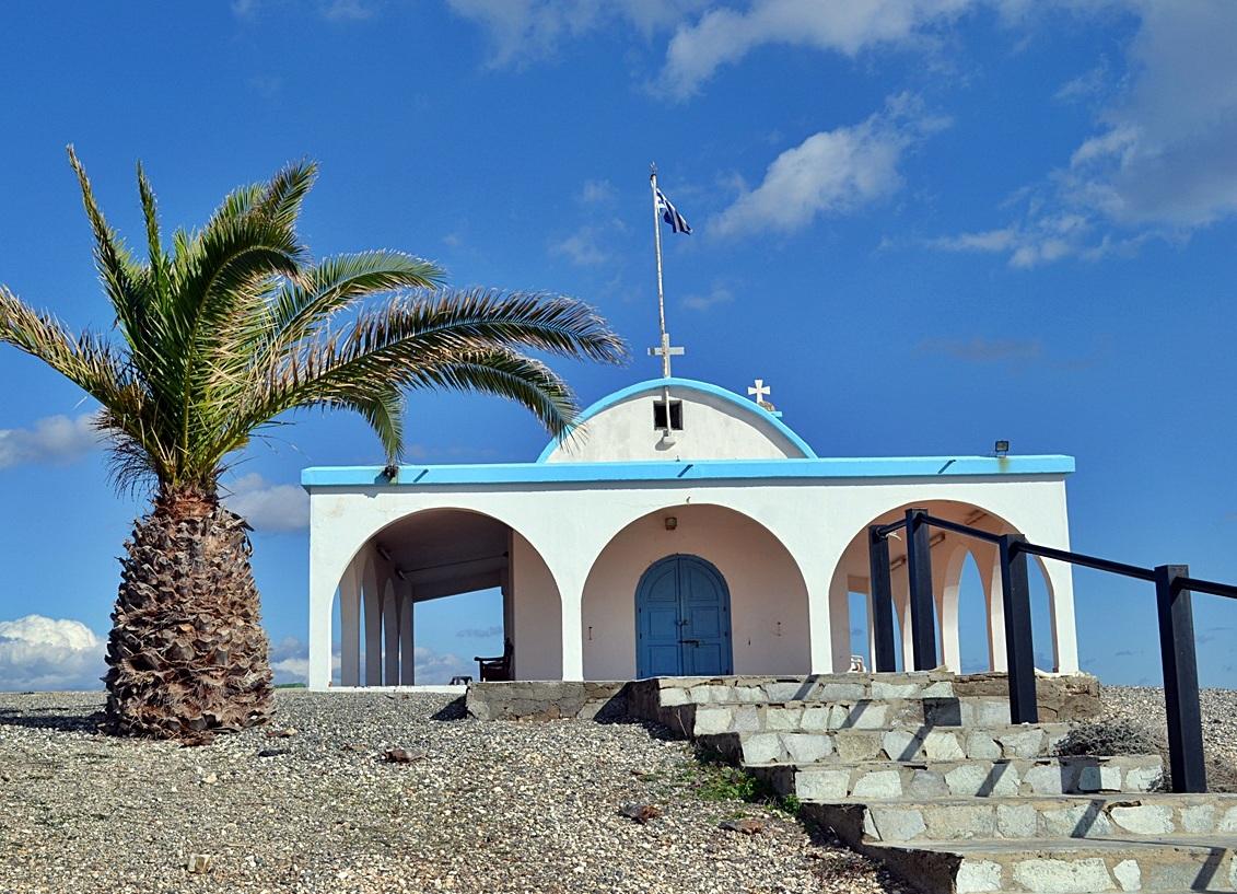 Церковь и пляжАйяФекла Бич