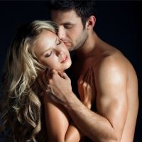 как удивить парня поцелуем