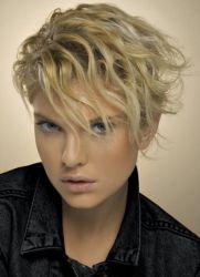 تسريحات الشعر الجميلة للشعر القصير